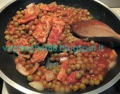 #cuciniamonaturale : Spezzatino di soia e piselli  #soia #piselli piccoli di giornata Valfrutta  #passata vellutata Valfrutta  basilico Valfrutta  www.valfrutta.it
