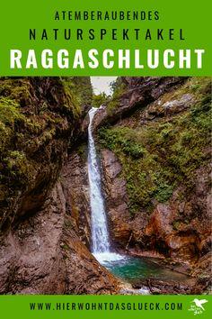 In der Raggaschlucht in Österreich trifft wildes Wasser auf Gestein und bahnt sich seinen Weg. Atemberaubende Wasserfälle werden zu einem Naturspektakel in Flattach im Kärntner Mölltal, sodass das Mund vor lauter Staunen offen bleibt! Die ultimativen Tipps zu Wasserfälle in Österreich findet ihr auf unserer Homepage #urlaubinösterreich #urlaubinkärnten #wanderninösterreich #wasserfall #raggaschlucht #hike Europa Camping, Road Trip, Wanderlust, Country Roads, Adventure, Travel, Seen, Shirts, Europe Travel Tips