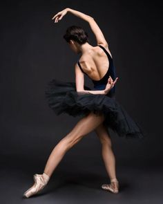 <Maria Khoreva (Vaganova Ballet Academy) # Photo © Darian Volkova>>