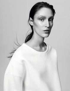 Winter white sweatshirt Inspiration for Leisl & Co Bento Box tee
