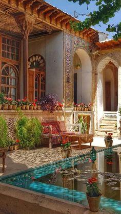 Dream Home Design, My Dream Home, Exterior Design, Interior And Exterior, Casa Patio, Spanish Style Homes, Mexican Style Homes, Decoration Inspiration, Mediterranean Homes