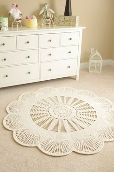 """IN LOVE... Handy Crafter... Emily Mega Doily Rug 60"""" 150cm"""