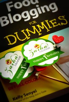 GIVEAWAY - Food blogging for dummies book giveaway. Enter to win. OPEN WORLDWIDE. #giveaway