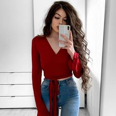 1 2 or 3 . One Jeans 3 different looks Sizce hangi kombin? 1 2 or Uni Outfits, Cute Casual Outfits, Glam Dresses, Fashion Dresses, Fashion Now, Girl Fashion, Matching Sister Outfits, Turkish Fashion, Western Outfits