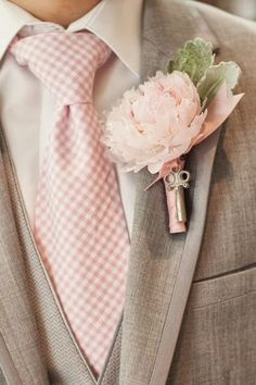 Grey & Pink for the man half