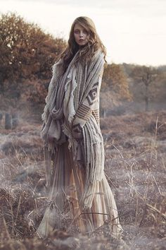 Boho bohemian hippie gypsy style. For more followwww.pinterest.com/ninayayand stay positively #inspired: