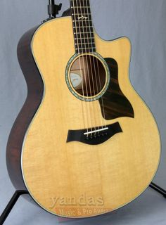 Full Tone and Sustain from Taylor's 600 Series The 616ce belongs to Taylor's Spruce/Maple 600 Series, known for its mighty low end and impressive sustain. The already beefy midrange on the Grand Symph