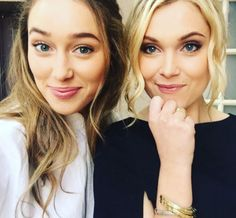 Eliza Taylor and Alycia Debnam-Carey - they are Clexa - The 100