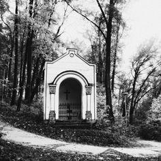 Picture, urban, chapel, Calvary, bardejov  //  bwstock.photography/urbn.html