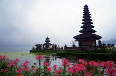 Ulun Danu Temple - The 3 Most Beautiful Temples Not to Miss in Bali, Indonesia