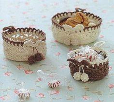crochet finger cups