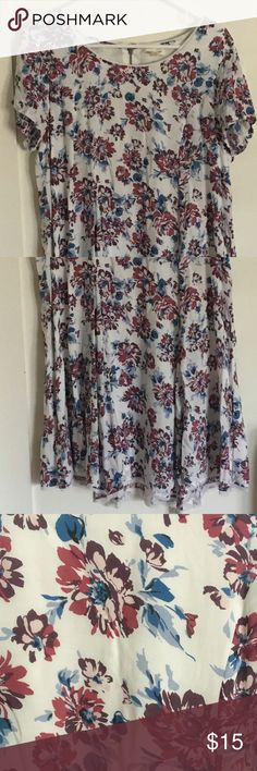 """Urban Outfitters Floral Dress """"silence & noise"""" brand -- purchased at Urban Outfitters. Super cute white/dark purple/pink/blue floral swing/t-shirt dress. Fits medium, would work for small but would be a little oversized. Worn once! Good as new!   I'm open to offers :) The more you bundle the more you save! silence + noise Dresses"""