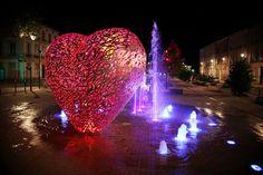 Troyes: le coeur nocturne. http://www.tourisme-troyes.com/decouvrir/le-romantisme-troyes