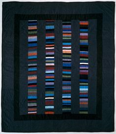 """Amish Quilt: """"Chinese Coins"""" pattern ca De Young Museum of San Francisco Old Quilts, Amish Quilts, Antique Quilts, Scrappy Quilts, Barn Quilts, Vintage Quilts, Amish Quilt Patterns, Beginner Quilt Patterns, Patchwork Patterns"""