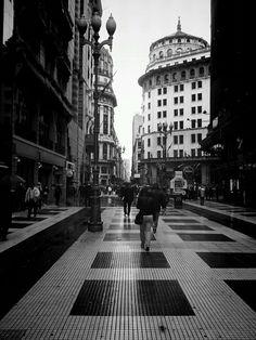 en la calle (Microcentro) Downtown  Buenos Aires. Argentina
