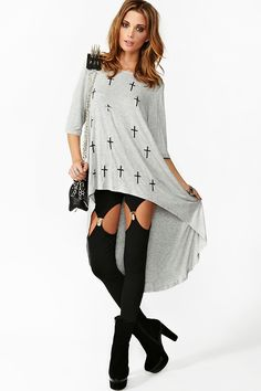 Sequin Cross Tee, so comfy but what I really want are those leggings. I snoozed and I loozed.