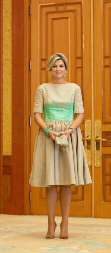 03-11-2014 Day one in South Korea  Queen Maxima on the 1st day of the 2 day statevisit to South-Korea.  The visit started with a wreath laying ceremony at the Memorial Tower on the Seoul National Cemetery followed by a welcome by President Park in the presidential palace Cheong Wa Dae and a tour in the Gyeongbokgung palace.   #QueenMaxima #stunning #Statevisit #SouthKorea #fashion #dress by #MattijsvanBergen