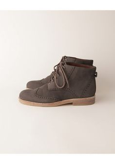 Back in the mid to late 60's, I had a pair of these....we called them Desert Boots. ~~ LeAnne