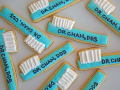 Your teeth have got to last an entire lifetime, so it is extremely important to take good care of them. Dental health is an easy matter to achieve. Iced Cookies, Royal Icing Cookies, Cupcake Cookies, Sugar Cookies, Cupcakes, Dental Cake, Medical Cake, Dental Health, Oral Health