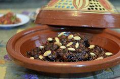 19 Tasty Recipes with Ras El Hanout Moroccan Spice Blend: Mrouzia - Tagine of Lamb with Raisins, Almonds and Honey Moroccan Tagine Recipes, Moroccan Dishes, Moroccan Spices, Moroccan Kitchen, Different Recipes, Other Recipes, Ras El Hanout Recipe, Moroccan Spice Blend, Beef Tagine
