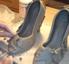 Shoe sculpture with TUTORIAL - detailed step by step instructions (with cutting templates) for making and decorating clay pump shoes - can vary height of heel and decorate in any style - from Lakeside Pottery Ceramic Shoes, Ceramic Clay, Ceramic Pottery, Slab Pottery, Ceramic Bisque, Ceramics Projects, Clay Projects, Clay Crafts, Ceramic Techniques