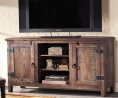 On the hunt for a tv stand... Something like this!