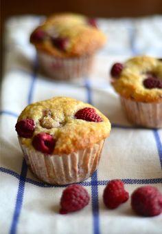 Fresh Raspberry Muffins   mountainmamacooks.com