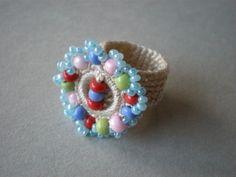 crochet jewelry with beads Crochet Rings, Bead Crochet, Crochet Jewellery, Diy Jewellery, Fabric Yarn, Beaded Rings, Crochet Accessories, Beautiful Crochet, Knitting Yarn