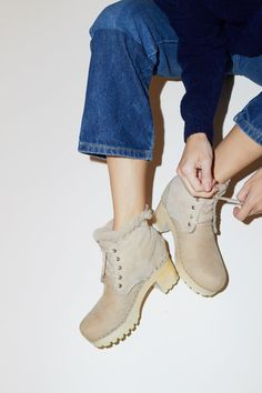 No.6 Lander Lace Up Shearling Boot on Mid Tread in Bone Suede on White