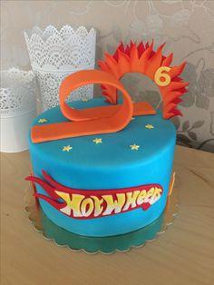 Hor Wheels cake