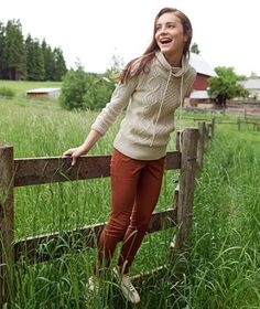 Find the best Women's Signature Cotton Funnelneck Sweater at L. Our high quality Women's Sweaters are thoughtfully designed and built to last season after season. Boho Fashion Over 40, Hiking Fashion, Winter Outfits For Work, Winter Clothes, Fall Outfits, Autumn Winter Fashion, Winter Style, Fall Winter, Style Icons