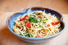 Spicy Spaghetti, Veggie Spaghetti, Spaghetti Carbonara Recipe, Vegetarian Spaghetti, Pasta Carbonara, Veggie Pasta, Spicy Pasta, Spaghetti Recipes, Pasta Recipes