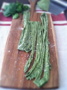 How to make Spinach Pasta:  Click the picture for the directions :)     What You Will Need:        2 3/4 cups all purpose flour      3 eggs      pinch salt      1 cup cooked spinach - pureed