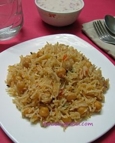 AmazingRasoi: Kabuli Chana Pulao Kabuli Chana, Indian Food Recipes, Ethnic Recipes, Sliced Tomato, Green Chilli, Chickpea Recipes, Garam Masala, One Pot Meals, Cooking Time