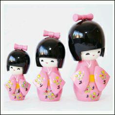 .Japanese dolls