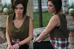 Sara Florio | AI DONNA 13/14 Maglia in felpa e cotone, fatta a mano.