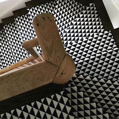 Best 886 Best Stair Runners Images In 2020 Carpet Stairs 400 x 300