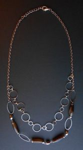 In vendita, pezzo unico. http://latelierdiclara.wordpress.com/2013/11/10/collana-37/