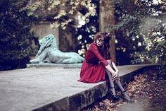 Streetstyle Louise Ebel / MissPandora by Pauline Darley, via Behance L'art Du Portrait, Portrait Photography, Fashion Photography, Louise Ebel, Paris In Autumn, Lion, Pandora, Young Fashion, Burgundy Dress