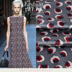 Stoff Blumen - Elastik Seidensatin stoffe mit Blumen Muster - ein Designerstück…