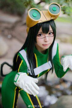 Tsuyu chan cosplay
