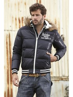 6b1cbbec70ea 56 meilleures images du tableau manteau hiver   Man style, Men wear ...