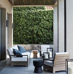 outdoor area with a modernist take on Italianate style Outdoor Rooms, Outdoor Chairs, Outdoor Living, Outdoor Furniture Sets, Outdoor Decor, Belle Magazine, Home Porch, Melbourne House, Best Western
