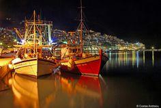 Fishing boats on the calm waters of the port of Skopelos!  📷: Costas Andreou 👏🌞😍  #skopelos #visitskopelos #apieceofyourheart #apieceofyourart #visitskopelosisland #skopelos_island #skopelosgreece #sporades #visitsporades #sporadesislands #greece #dive #weddings #honeymoon #hiking #ecology #beaches #greek #vacation #holidays #vacances #mamamia #travel #travelstyle #travellife #visitgreece Skopelos Greece, Calm Waters, Fishing Boats, Ecology, Travel Style, Diving, Beaches, Costa, Greek