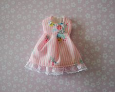 Free Shipping Handmade Blythe Doll Dress  Floral by MissFreyaJ, $12.50