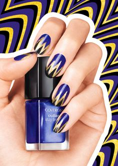 Master the precise lines in this Baltimore Ravens nail art look by using transparent tape as an outline // football fanicure Raven Logo, Raven Tattoo, Football Nail Art, Football Team, Football Memes, Baltimore Ravens Nails, Nail Colors, Color Nails, Ongles