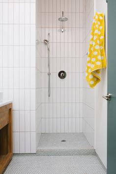 Home Decor Pictures Pool Bathroom, Downstairs Bathroom, Laundry In Bathroom, Bathroom Layout, Small Bathroom, Remodled Bathrooms, Colorful Bathroom, Master Bathroom, Bathroom Design Inspiration
