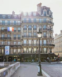 Paris Find Super Cheap International Flights to Nice, France Low Cost Flights, Cheap Flights, Paris France, The Places Youll Go, Places To Go, Cheap International Flights, Museum Hotel, Paris Architecture, Grand Paris