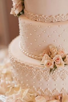 Lovely details ~ K & K Photography | bellethemagazine.com