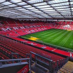 Manchester United Stadium, Manchester United Old Trafford, Manchester United Wallpaper, Manchester Derby, Soccer Stadium, Football Stadiums, Bobby Charlton, Man United, Liverpool